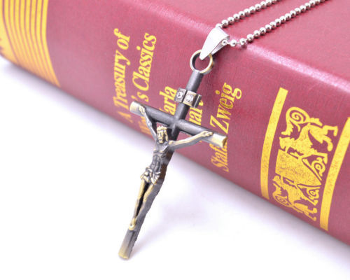 SILVER UNISEX CRUCIFIX - NICE FATHER'S DAY GIFT