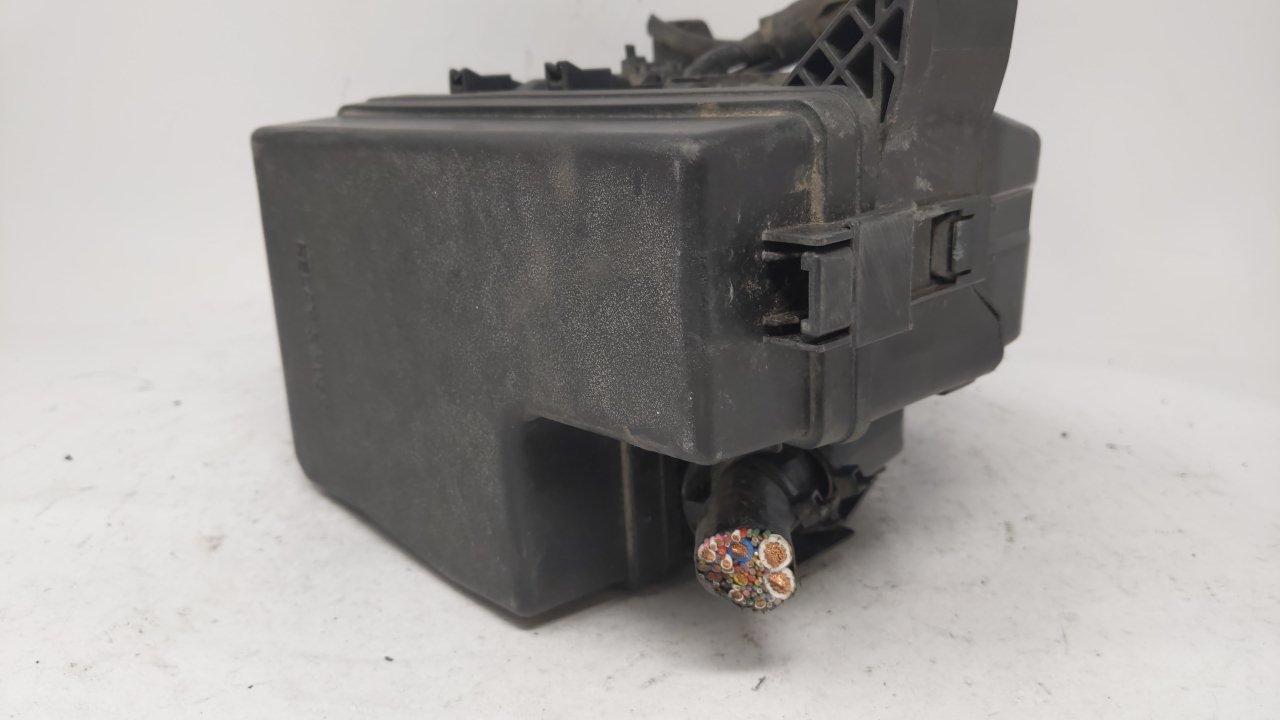 2013-2018 Toyota Rav4 Fusebox Fuse Box Relay Module 89221-42310 60154   Controls