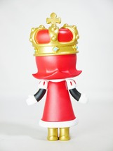 Pop mart kennyswork molly chess club checkmate king red 06 thumb200