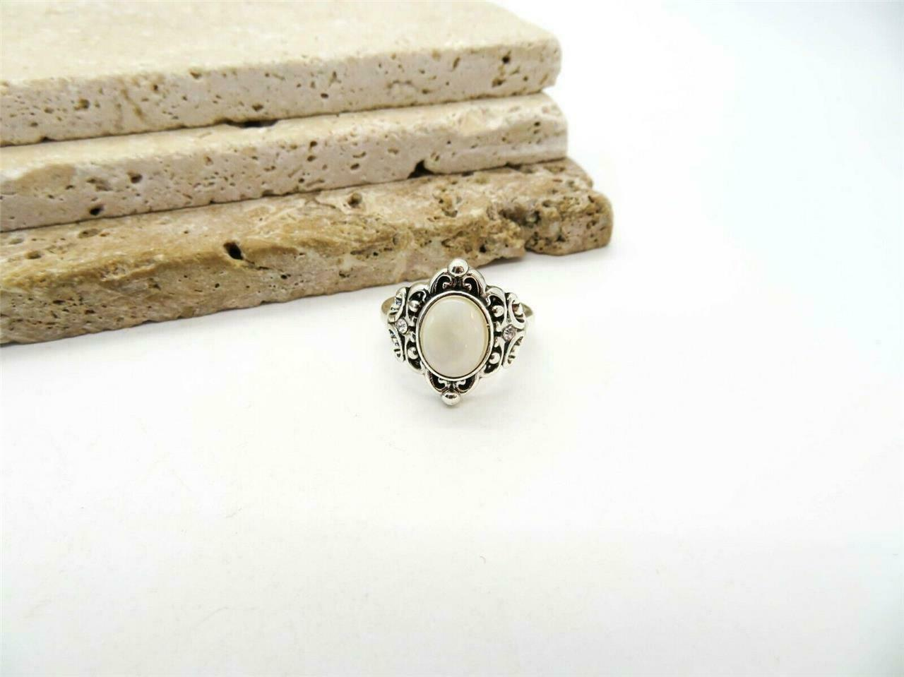 Vintage Silver Tone Ring with a Purple Stone or Glass Cabochon Size 9.5