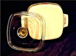 Vintage CorningWare 2 Piece Serving Dish and LidAB 249-C image 5