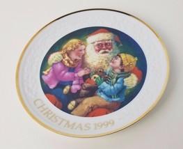 Santas Tender Moment 1999 Christmas Plate Avon Robert Sauber 22k Gold Trim - $8.80