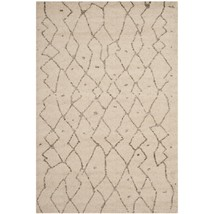 "Safavieh Tunisia Collection TUN1811-KMK Ivory Area Rug, (5'1"" x 7'6"") - $158.39"