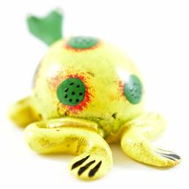 Handmade Oaxaca Copal Wood Carving Folk Art Spotted Frog Bobble Head Figurine image 4