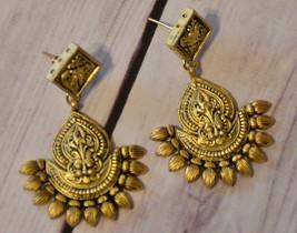 vintage large metal ornate ethnic lion head drop dangle earrings pierced - $12.86