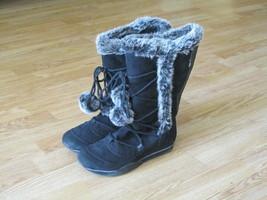 American Eagle Women's Black Short Zipper Boots size 7 - $16.00