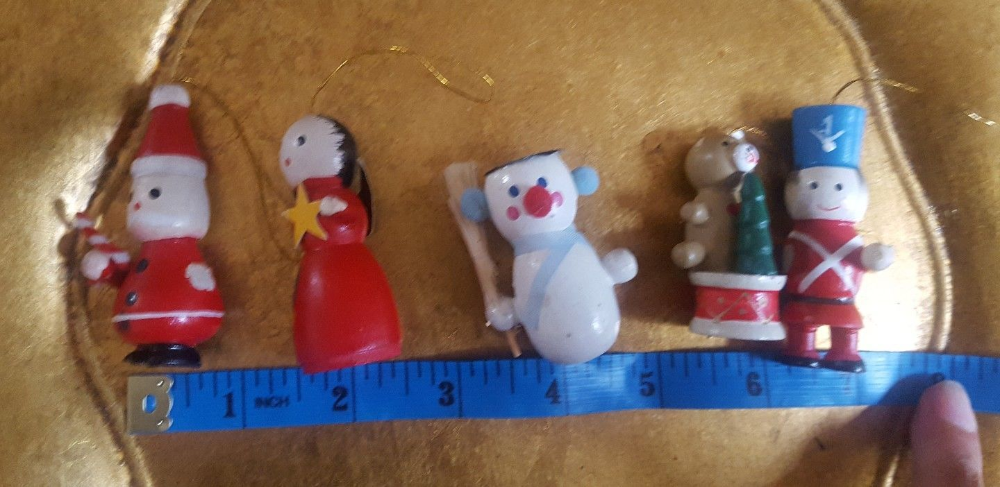 5 Vintage Wooden Mini Christmas xmas Tree Ornaments *all have minor defects*  - $12.73