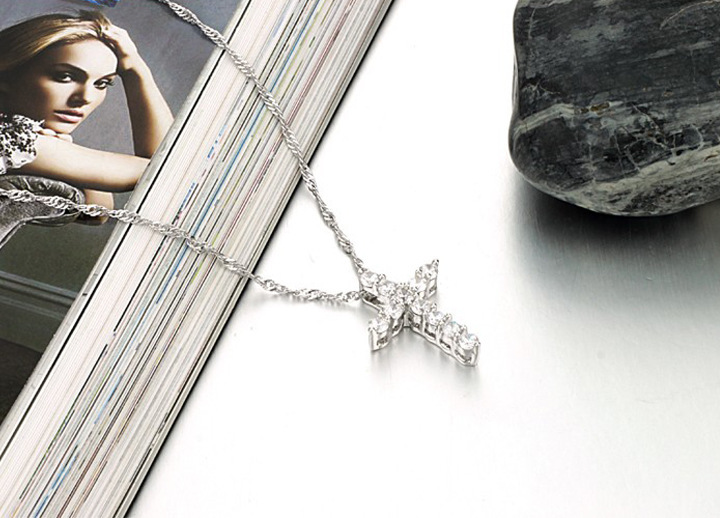 White Gold Plated Cross Necklace Women Pendant Choker Chain W Bling CZ Jewelry
