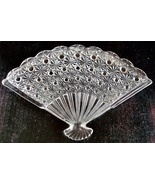 Vintage Daisy Button Pressed Glass Fan Shaped 10 Inch L Plate - $16.00