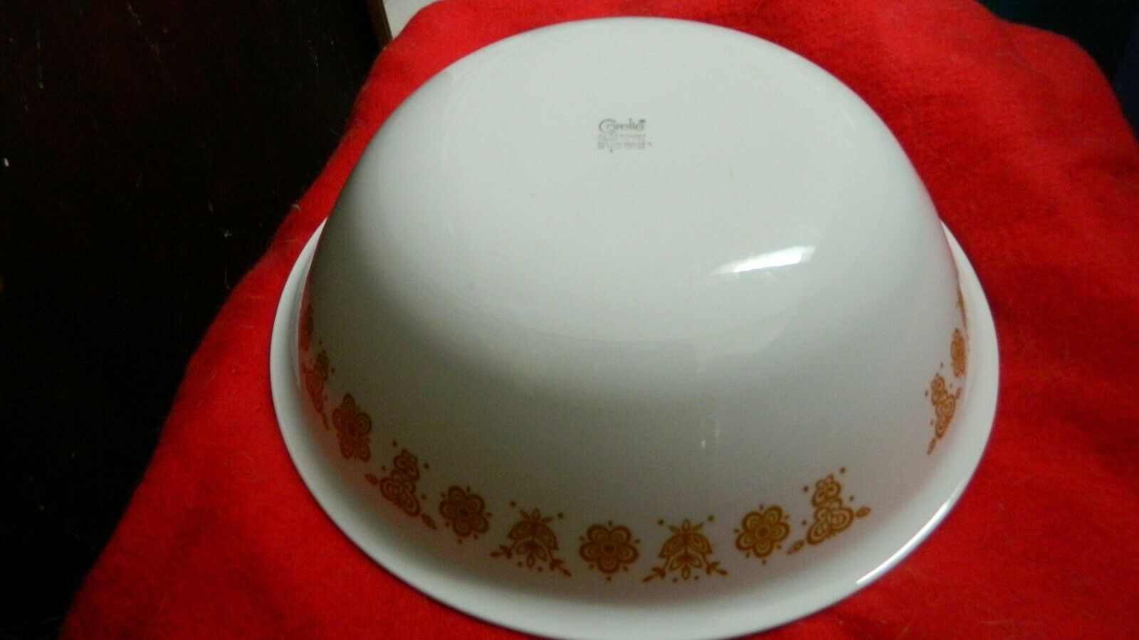 Primary image for CORELLE BUTTERFLY GOLD 2 QUART SERVING BOWL 10&1/4 INCH FREE USA SHIP