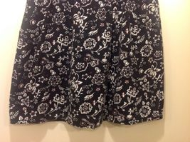 Cynthia J Black Skirt w White/Red Floral Design Sz 1X image 3