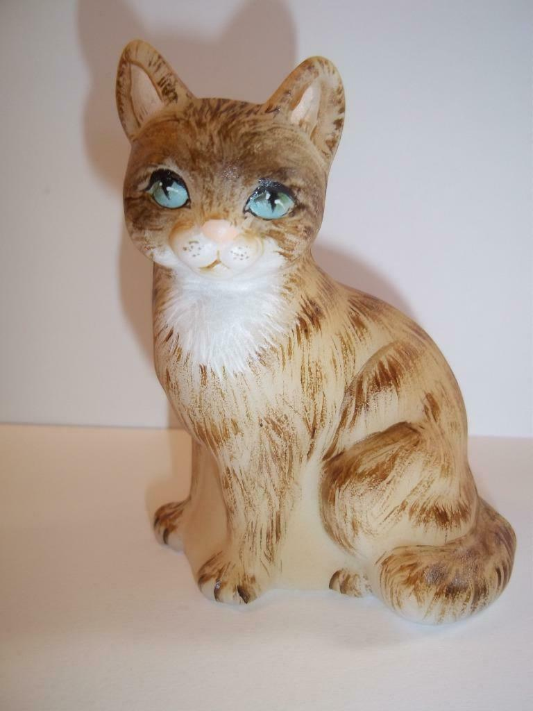 Fenton Glass Natural Long Haired Sitting Pretty Cat GSE Ltd Ed M Kibbe #4/28