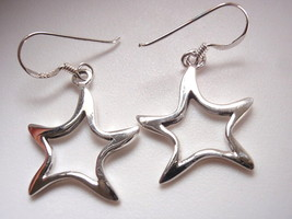 Slightly Curved Stars Dangle Earrings 925 Sterling Silver Corona Sun Jew... - $13.85