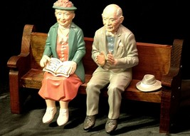 Ceramic Man and Woman on a Bench AA20-2126 Antique image 2