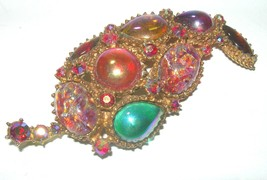 LARGE VINTAGE CATS EYE RED GREEN AURORA ART GLASS RHINESTONE BROOCH PIN - $60.00