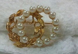 "Vintage Jewelry: 1 1/2"" Richelieu Faux Pearl Brooch 180430 - $12.86"