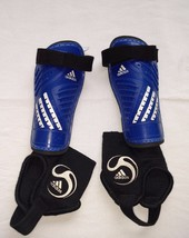 Adidas Predator Club Youth Pair of Soccer Shin Guards Blue Black XS NOCSAE - $8.37
