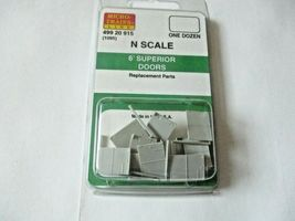 Micro-Trains # 49920915 (1095)  6' Superior Doors 12/Pack  N-Scale image 5