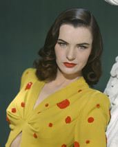 Ella Raines Absolutely Stunning Vintage Studio Glamour Pose 16X20 Canvas Giclee - $69.99
