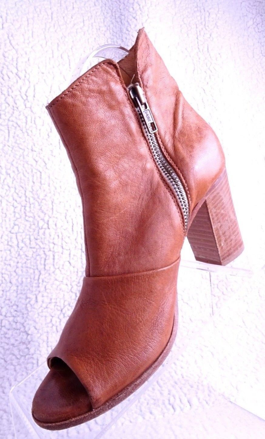 80122605656 Steve Madden Women Size 6 M Tan Leather and 50 similar items