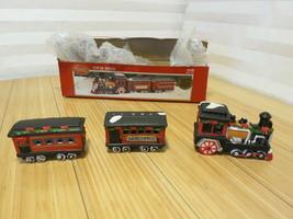 Dickens Collectables Porcelain Train Set 1995 SANTA'S EXPRESS - $18.69