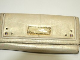 Samantha Thavasa Petit Choice Bi-Fold Wallet Suade Leather Off White - $79.20