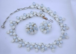 Vintage 50s thermoset Kramer necklace & earring set plastic cabochon blu... - $37.61