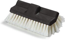 Carlisle 362199700 Flo-Thru Dual Surface Truck Wash Brush, 10', White - $581,75 MXN