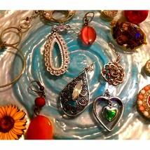 Est Jewelry~Pendant Lot~FREE MONET CHAIN - $27.72