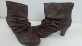 Soda Ankle Boots Brown Women's Size 10 M Buckles - $14.03