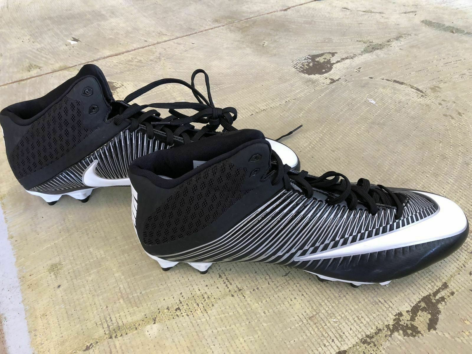 Primary image for Nike Vapor Speed 3/4 Mid 15.0 Size Football Cleats