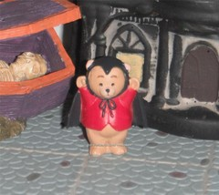 Hallmark Halloween Merry Miniatures Bear Dressed Up like a Dracula Bat C... - $3.95