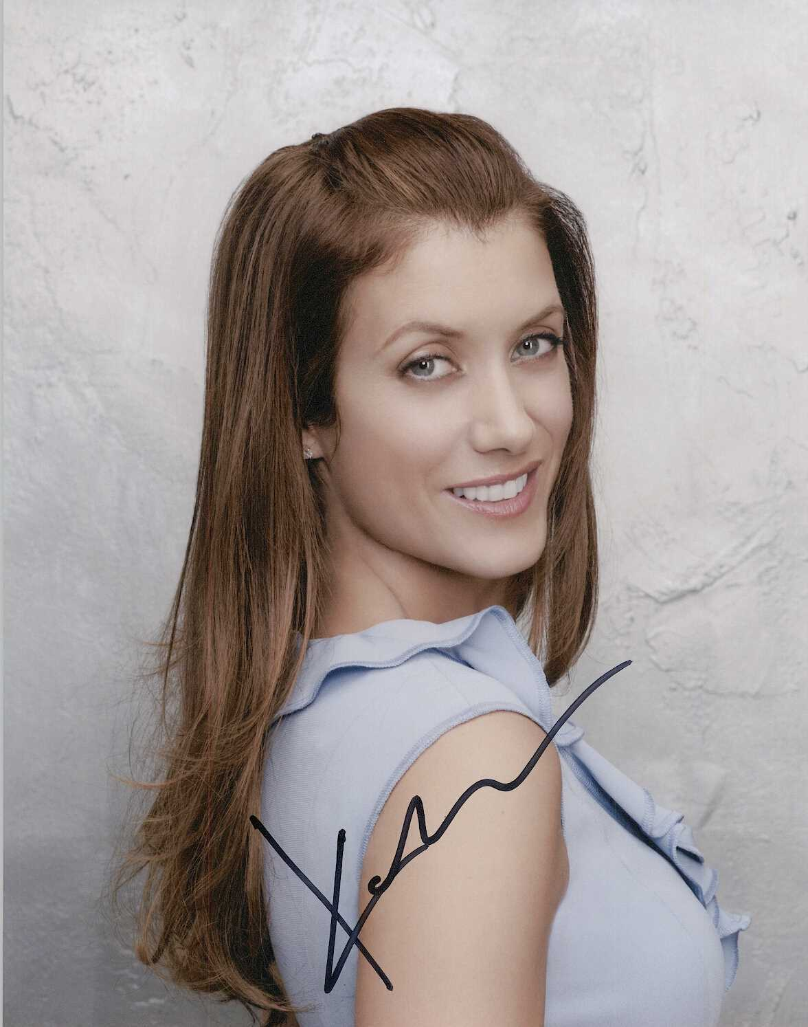 Primary image for Kate Walsh Signed Autographed Glossy 8x10 Photo