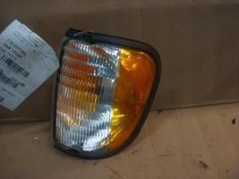 92-95 96 97 98 99 00 Ford E150 L. CORNER/PARK Light 150228 - $24.75