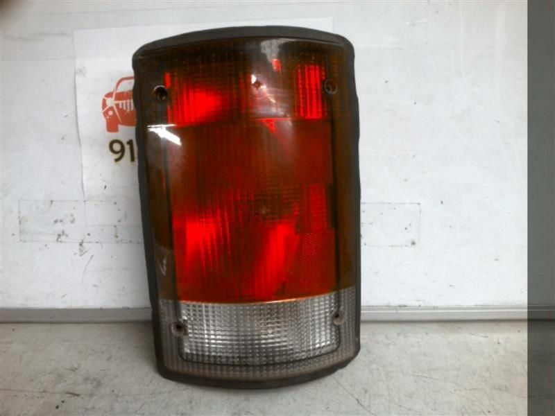 Primary image for Passenger Right Tail Light Fits 95-04 FORD E150 VAN 177448