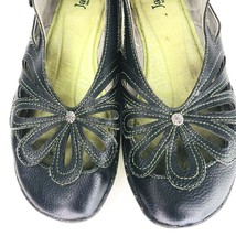 Jambu Blush Barefoot Womens 9 M Gray Leather Floral Cutout Sport Sandals Shoes - $44.54