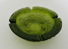 Soreno Anchor Hocking Medium Ashtray Four Rests Concentric Circles Avocado - $14.73