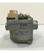Carrier Bryant Payne Gas Valve 301273-702 Robertshaw 646A-X used #G229 - $56.10