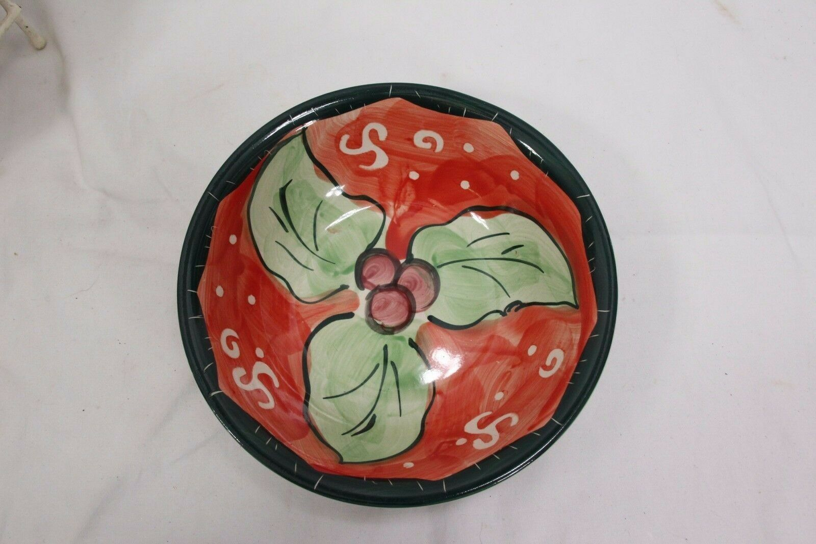 "Studio 33 Xmas Holly Bowls 8.5"" Set of 4 image 3"