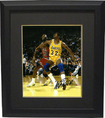 Magic Johnson signed Los Angeles Lakers 8x10 Photo Custom Framed (yellow jersey