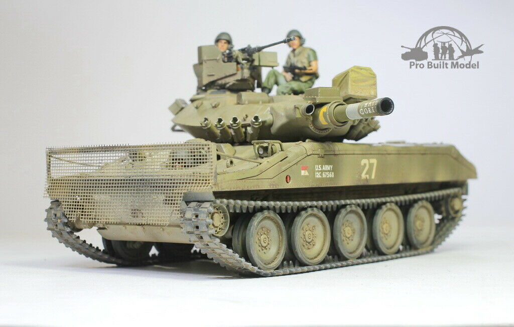 Primary image for M551 Sheridan /w 03 crews Vietnam war 1:35 Pro Built Model