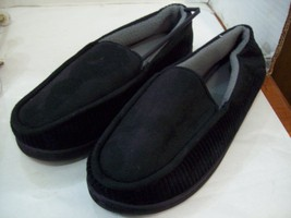 Men's Size Medium (Fits 8-9) Slip-On Slippers, Free Shipping - $16.75 CAD