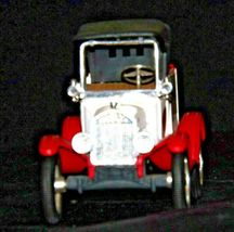 "ERTL Coastal Ford 1918 Replica Die-cast Model ""T"" Runabout Bank AA19-1638 Vint image 8"