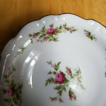 Johann Haviland Moss Rose Fruit Bowl White with Pink Roses Bavarian Backstamp - $3.22