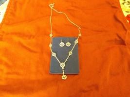 "NEW Avon Clover Motif ""Y"" Gift Set-Necklace & Earrings - $11.88"