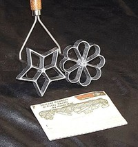 Cookie Cutter by Nordic Ware with Instruction Booklet AA18 - 1048Antique image 1