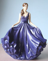Royal Doulton Heather Traditional Pretty Ladies Figurine HN5693 New in Box - $289.90