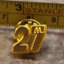 McDonalds #27 NASCAR Winston Cup Series Hut Stricklin Pinback Pin Button - $8.30