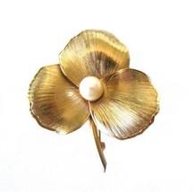 Vintage Winard 12k Gold Fill & Pearl Flower Brooch Pin - $26.00