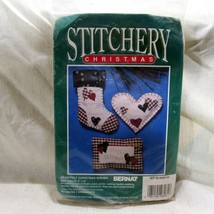 Stitchery Christmas Heartfelt Christmas Wishes Ornament Kit Bernat Makes 3 - $13.19